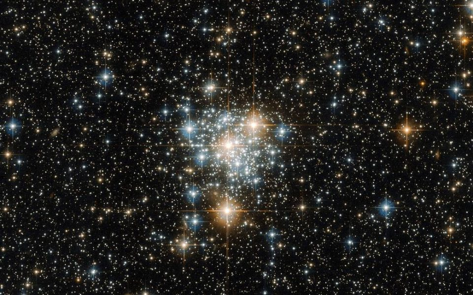 Open star cluster located within the Small Magellanic Cloud in the constellation of Tucana (Courtesy of ESA/Hubble & NASA)
