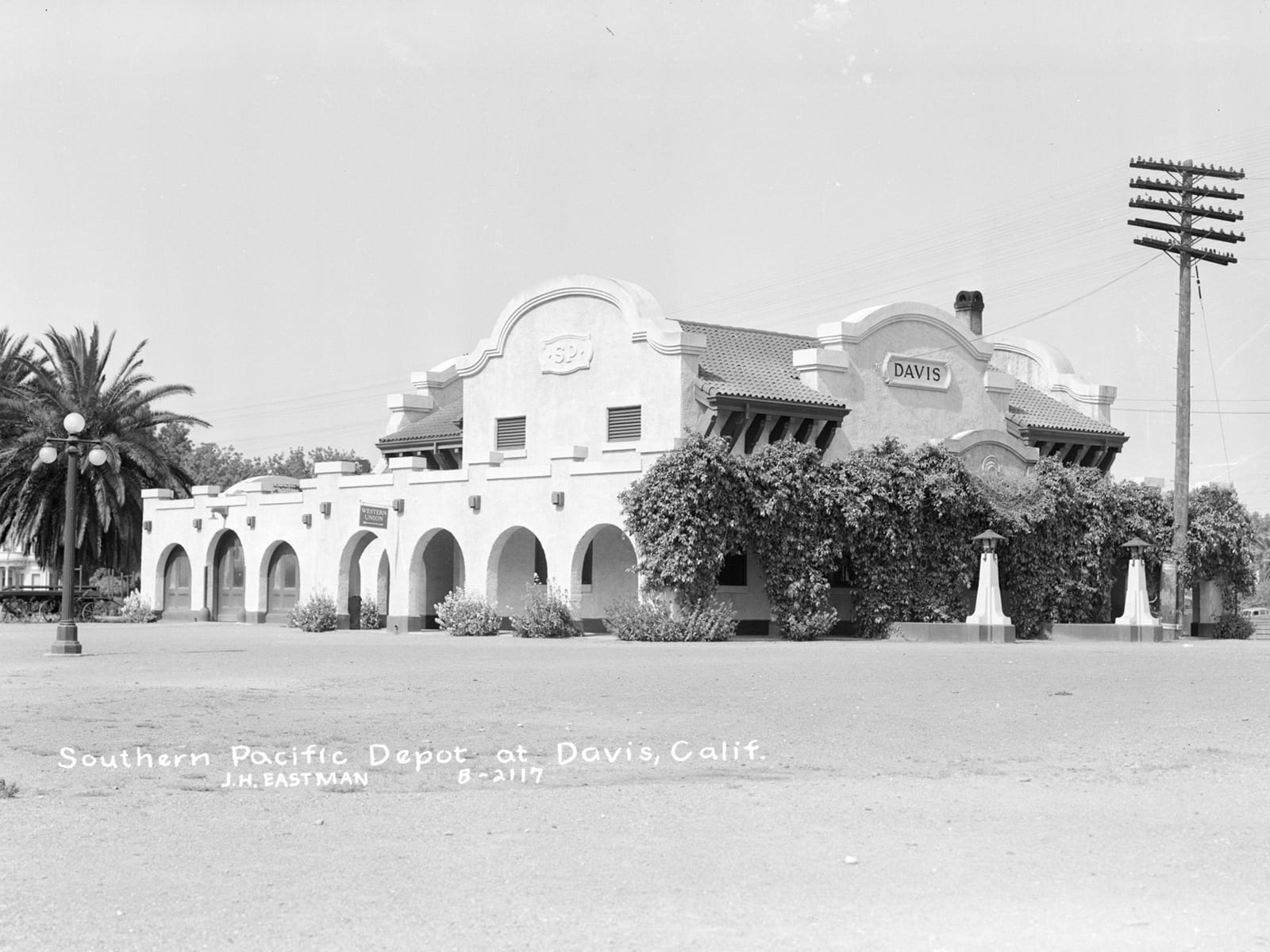 Southern Pacific Depot, 1944