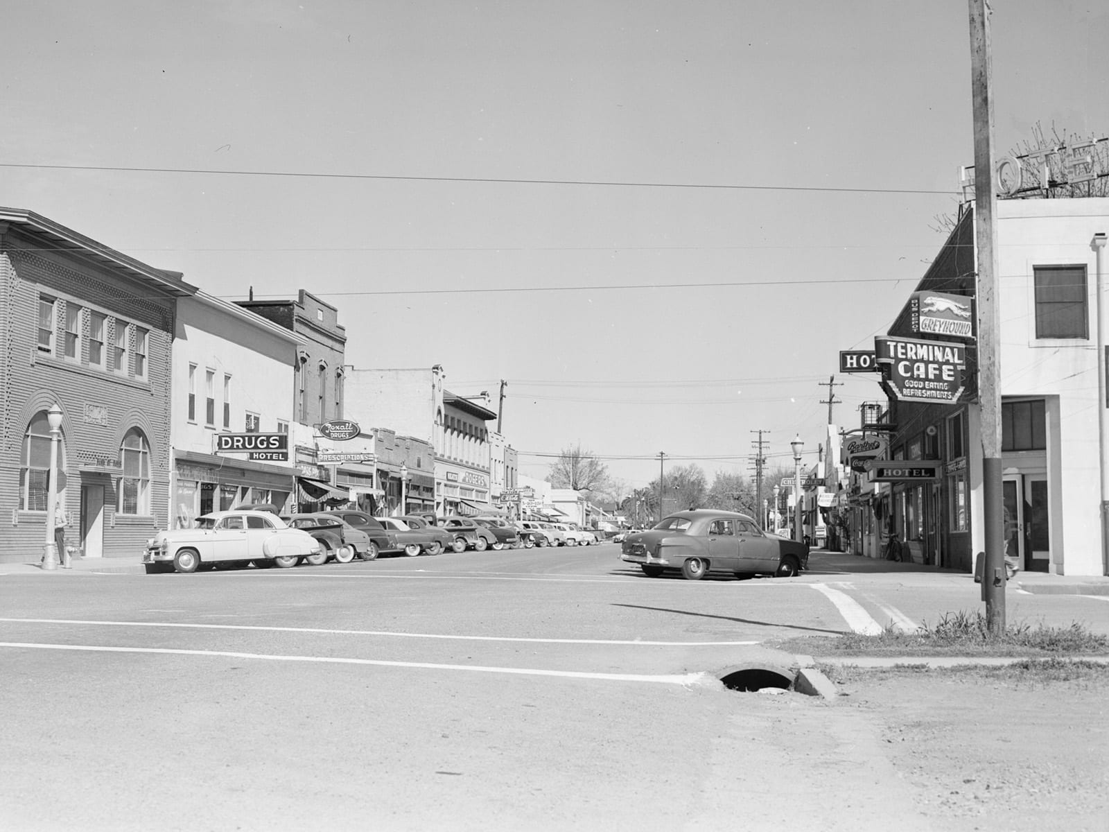 G street at Second Street, looking north, 1951
