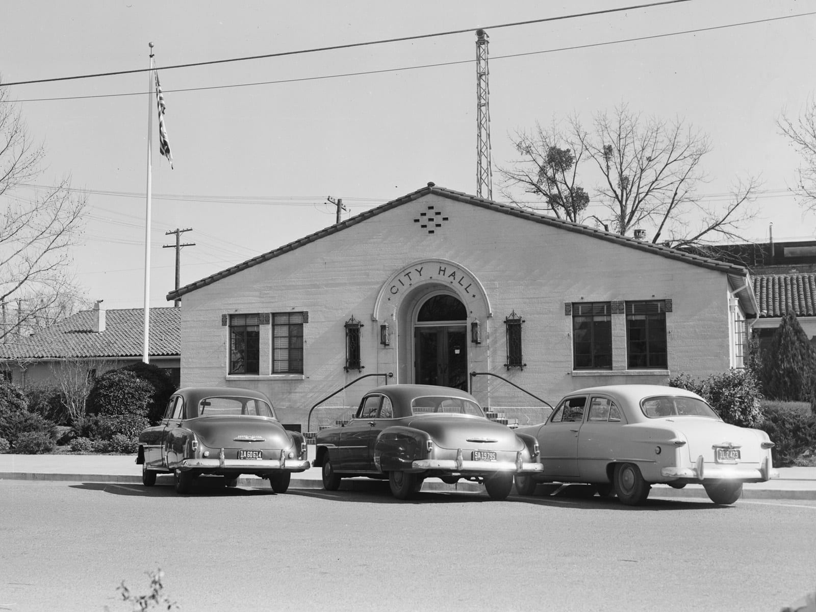 Davis City Hall, 1953. The building is now Bistro 33