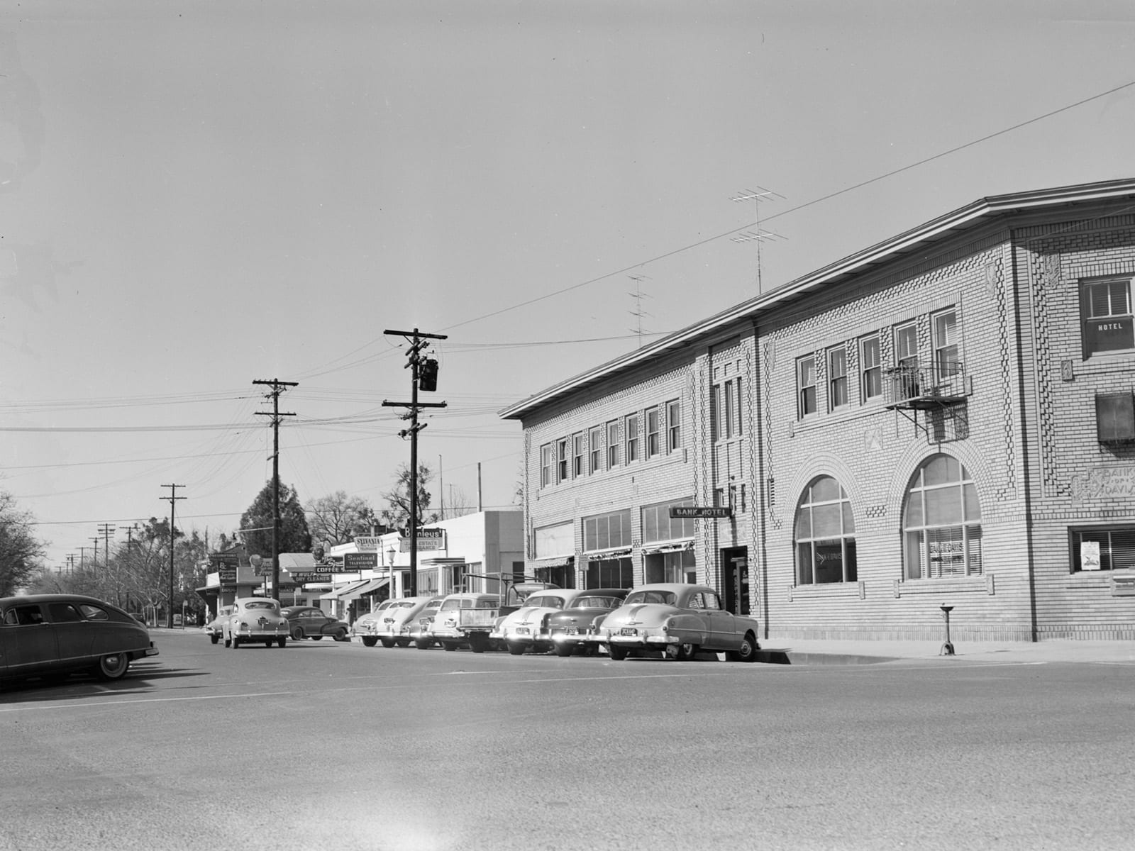 Second Street at G Street, looking west, 1953