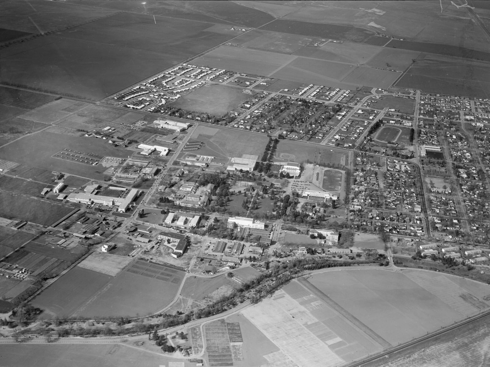 Aerial view of Davis, looking north, 1953