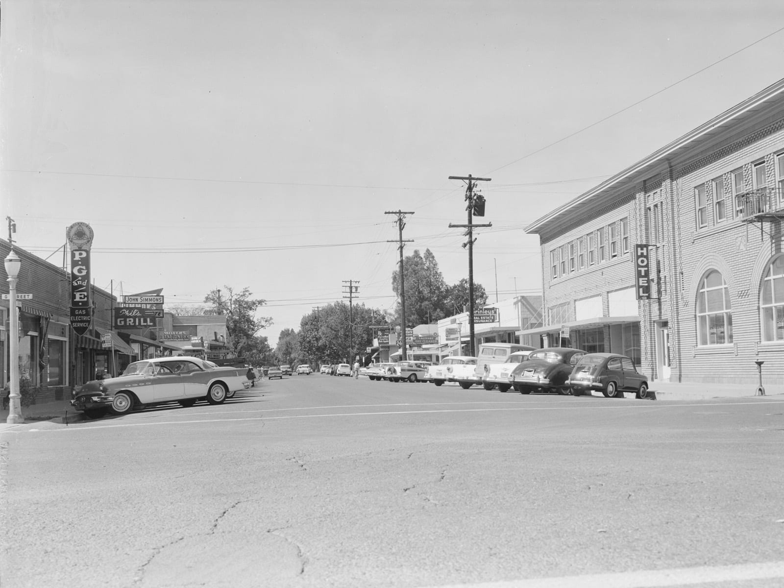 Second Street at G street, looking west, 1960