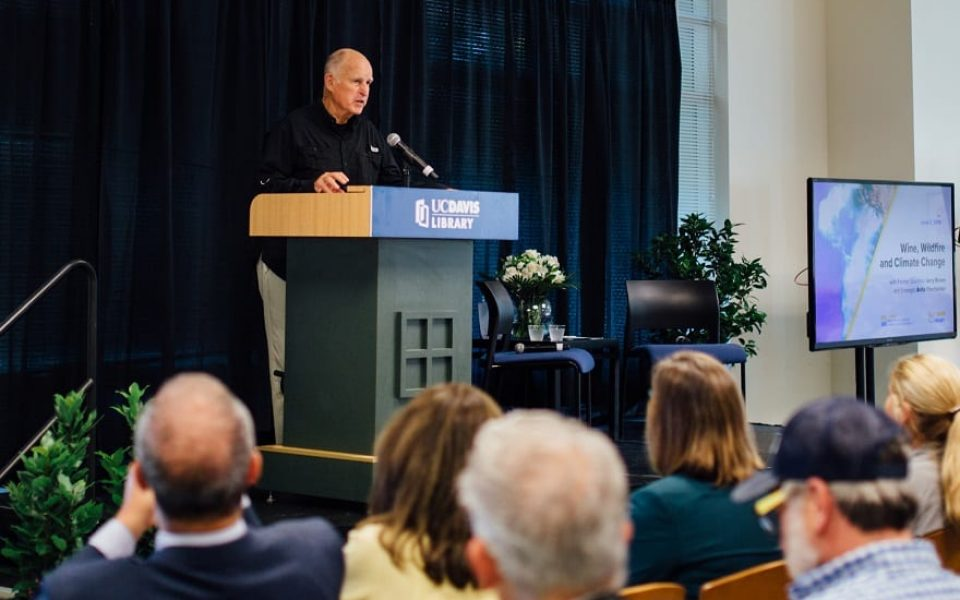 Jerry Brown speaks about climate change on June 3, 2019 at Shields Library. (Photo credit: Alana Joldersma)